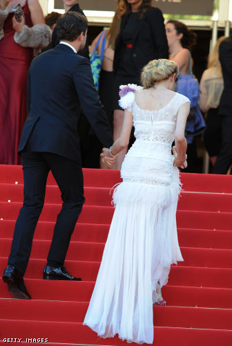 Joshua Jackson and Diane Kruger on the red carpet stairs- rice not included.