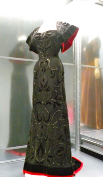 Cristobel Balenciaga, Collector of Fashions in Paris