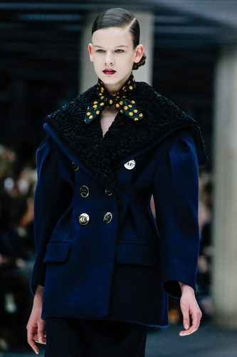The big shoulders from Miu MIu are one of the top fall trends from  Paris Fashion week. Click to find out how to wear the neckerchief worn with it.