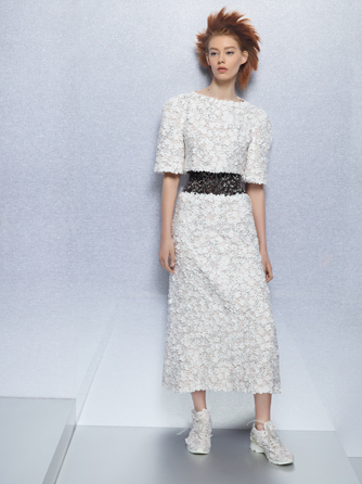Look from the Spring-Summer Haute Couture collection photographed by Karl Lagerfeld. via Chanel-News