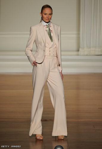 The timeless man-tailored elegance from Ralph Lauren