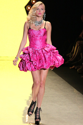 Betsey Johnson Spring 2012 Fashion Show serves up sexy girl
