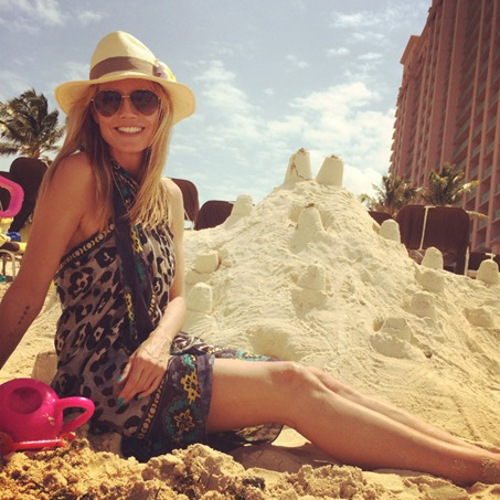 Heidi-Klum-Sarong-Scarf-Trend-Beach-Fashion