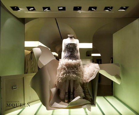 Alexander McQueen Hoiday Windows