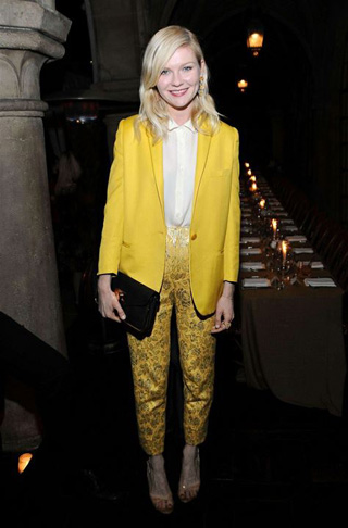 Kirsten Dundst in Yellow