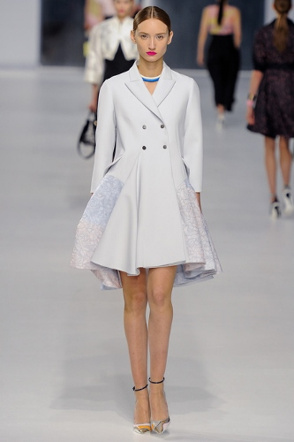 Christian-Dior-Resort-2014-A-Line-Coat (333x500)