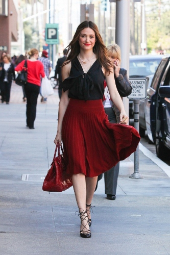 Emmy-Rossum-Pleated-Sonia-Rykiel-333x500