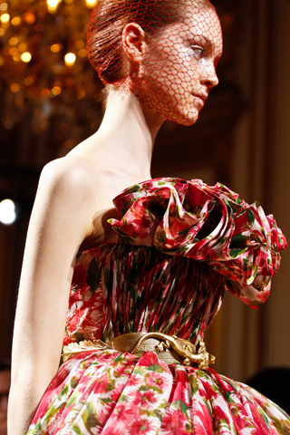 Giambattista-Valli-Fall-2012-Couture