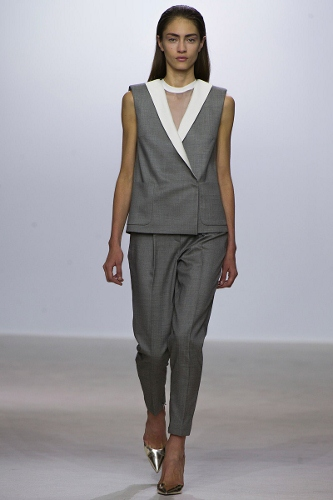 Giambattista-Valli-Sleeveless-Jacket-Trend-Spring-2013