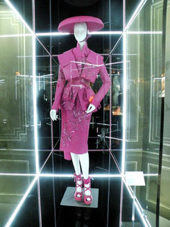 House-of-Dior-Homage-Exhibition-for-Paris-Fashion-Week_feature_article