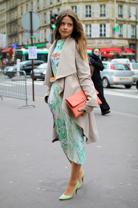 How to wear sophisticated pastels a la Paris street style