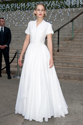 LeeLee Sobieski in a long Jil Sander white shirtdress