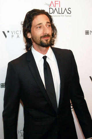 Men-s-Style-Adrien-Brody-rocks-the-Hairy-Hipster-look_blog_image