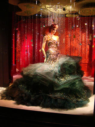 Retail-Remedy-NY-Christmas-Windows-Whimsical-Take_blog_image