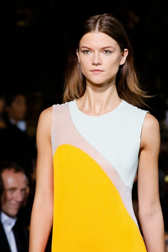 Stella-McCartney-Spring-2012-Paris-Runway