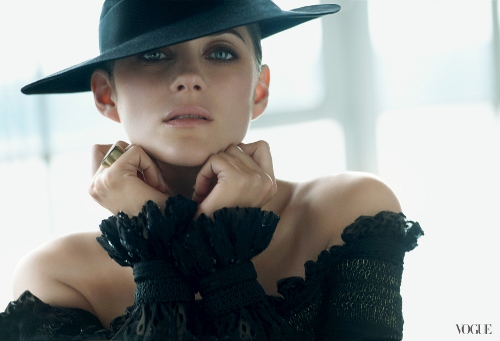 Vogue-Marion-Cotillard-August-Editorial