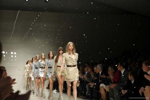 Finale form the Burberry Spring 10 show