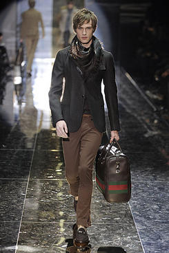 Gucci Armani Burberry Live Stream Fashion Shows For Milan Men 39 S Fashion Week Spring 2011