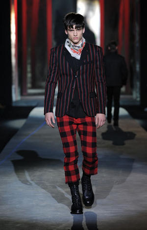 ROBERTO CAVALLI MENSWEAR- Fall / Winter 2010 Milan Fashion Week