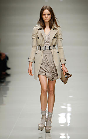 BURBERRY PRORSUM - Womenswear Collection Spring 2010