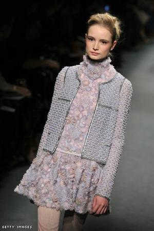Chanel - Runway - Paris Fashion Week Haute Couture S/S 2011