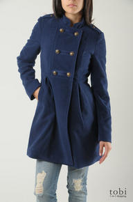 BB Dakota Royalty Coat - is a non- wool, poly/rayon/spandex blend