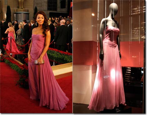 The gown Alicia Keys wore to the 2009 Academy Awards on display and at the  Armani Red Carpet Retrospective