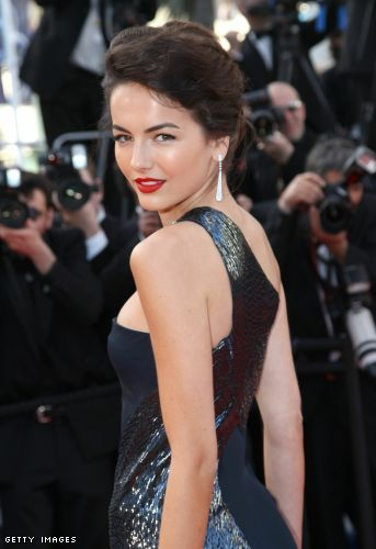 Camilla Belle is uber glam with the most vivid retro red lips and defined, yet not overpowering eyes