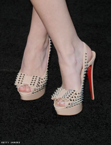 Dakota Fanning in her Loubs