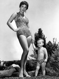 La Mom with son Michael Wilding Jr in the mid 1950's