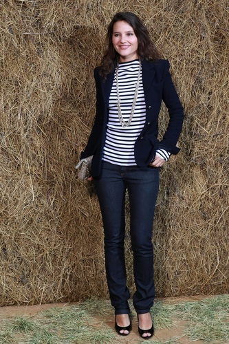 Virginie Ledoyen in the right structured blazer